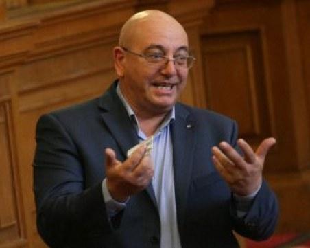 Емил Димитров – Ревизоро: Поех поста, за да не падне правителството