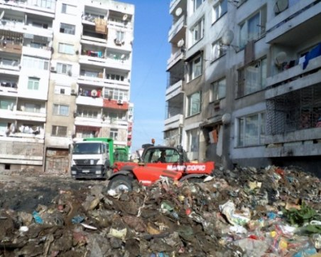 Зико: Ако блоковете под вода в Столипиново са негодни – бутаме ги и строим нови