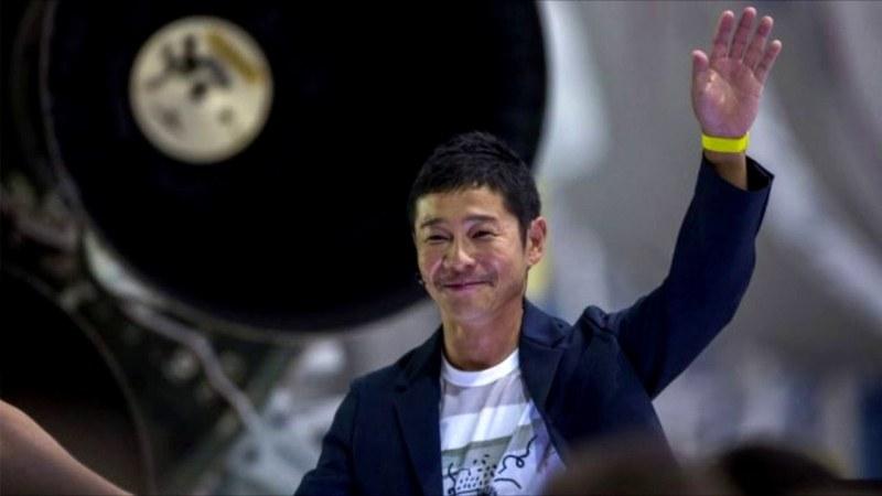 Милиардер от Япония си търси приятелка за полет до Луната