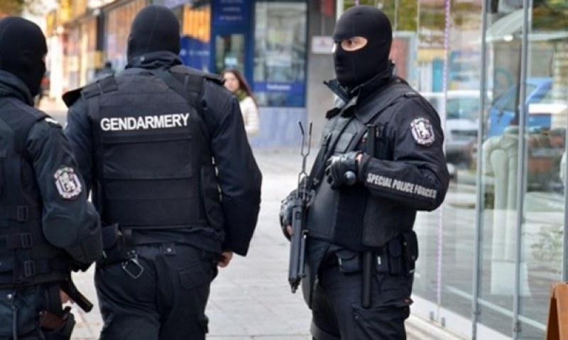 Разбиха престъпна група от частни съдебни изпълнители и полицаи