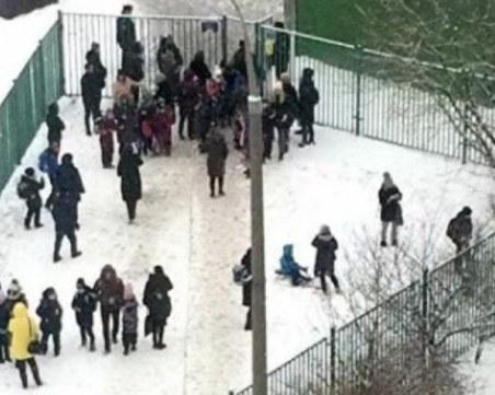 Евакуираха 10 000 души заради анонимни сигнали за бомби в Москва
