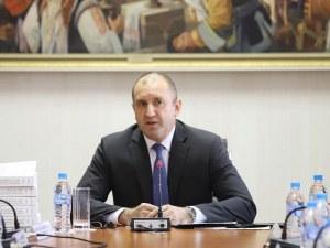 Румен Радев: Управляващите избягаха от диалога