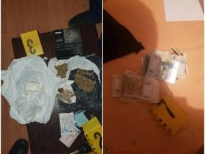 Арестуваха дилър и двама негови клиенти край Пловдив