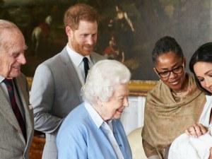 Елизабет II: Оттеглянето на Хари и Меган е подготвяно от месеци