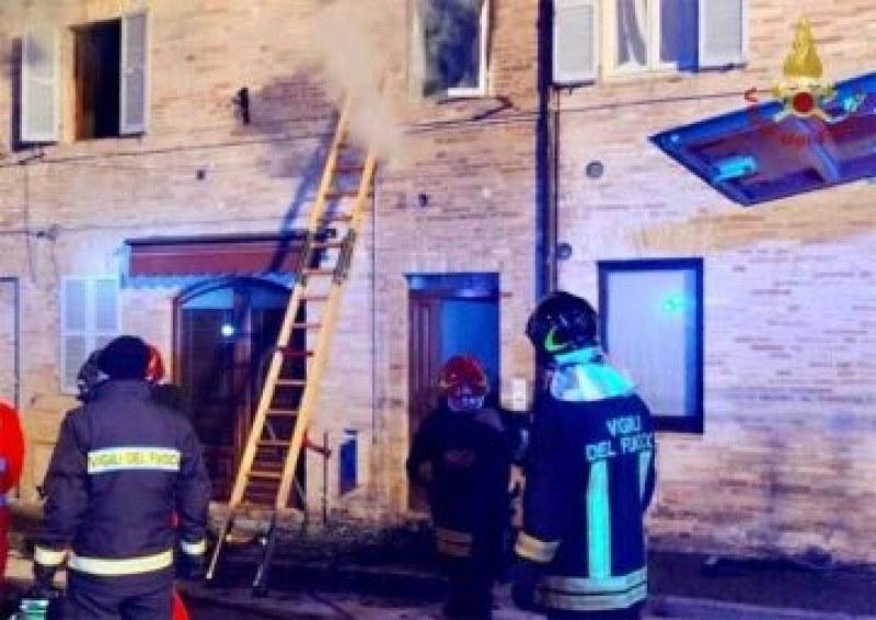Арестуваха българка за пожар в Италия, при който загинало 6-годишното й дете