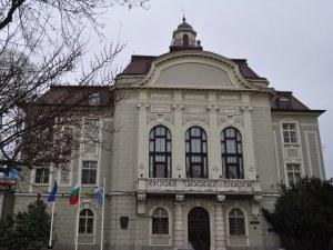 Здравко Димитров: Трябва да преместим Общината от това здание, в което са умирали хора