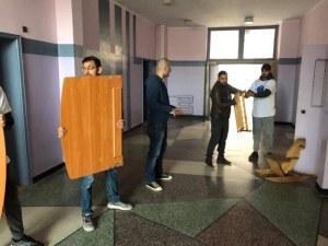 """За пример: Студенти от МУ-Пловдив в помощ на звено """"Майка и бебе"""
