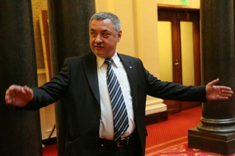 Валери Симеонов: Комисията за хазарта е пробита в полза на един играч