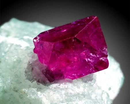 Скритите послания: С кои кристали можем да поддържаме чакрите си отворени