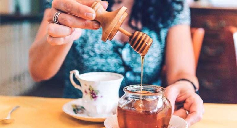 6 неща, които се случват в тялото ви, когато ядете мед вечер преди сън