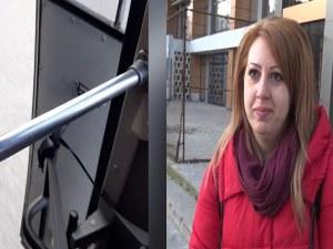 Пътуване с автобус в нечовешки условия при -5 градуса и отворена врата