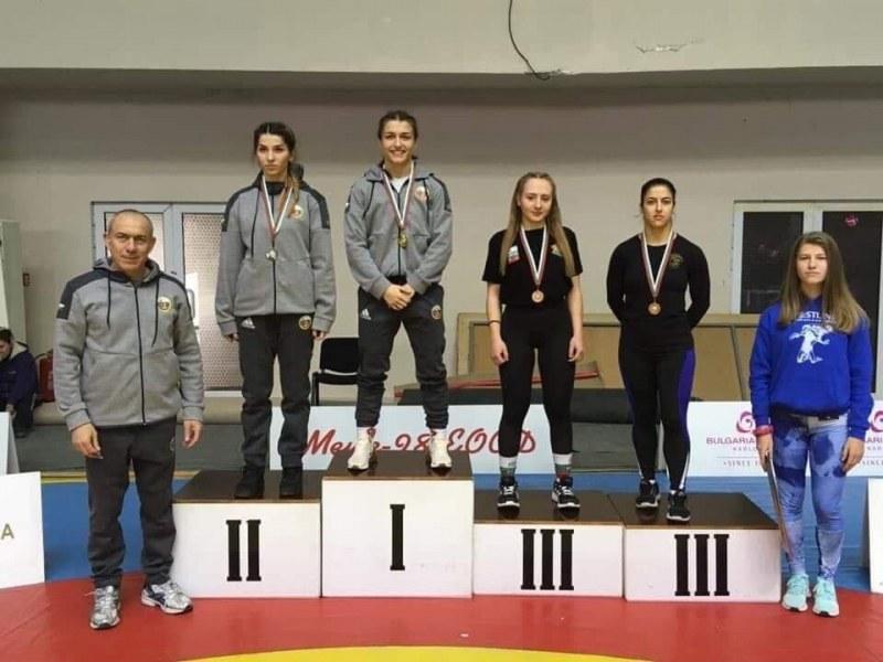 Пловдивчанка с медал от държавното по борба