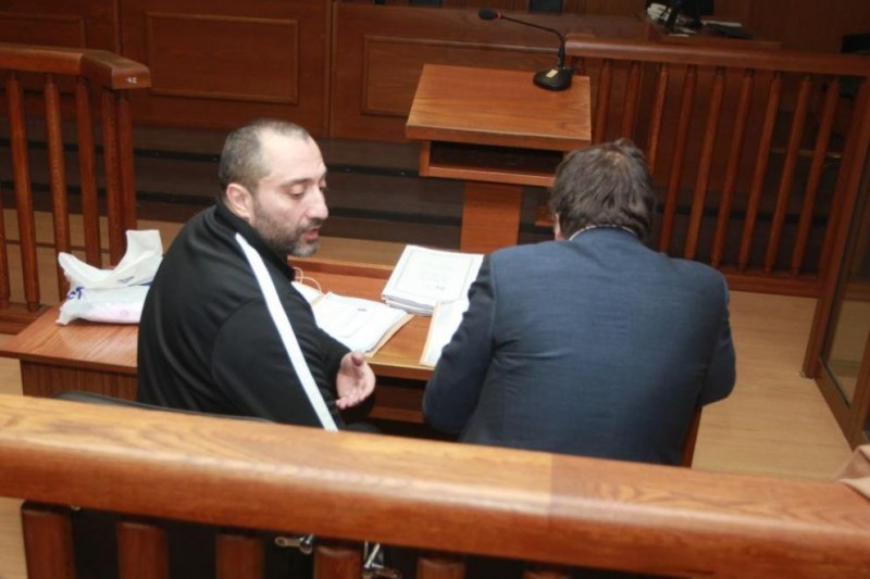 Съдът отново остави Митьо Очите в ареста