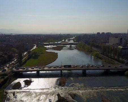 ВиК–Пловдив: Ограничихме водовземането от две помпени станции, пряка опасност за водата няма