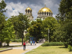 Средната годишна заплата в София е нараснала до 19 000 лева за 10 години