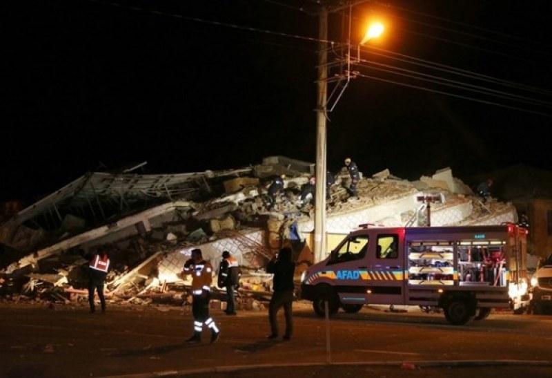 Сеизмолог предвидил земетресението в Турция, очаква ново