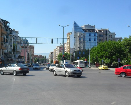 Поредна промяна на движението на голямо кръстовище в Пловдив