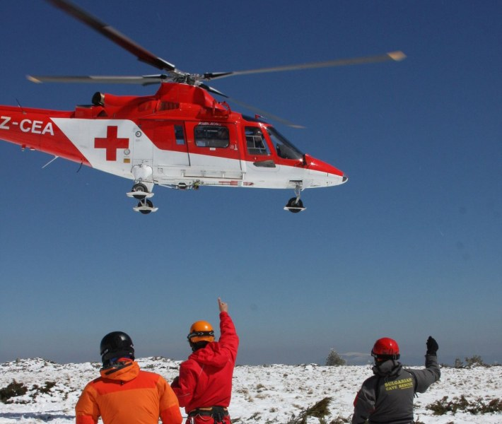 Няма помощ по въздух! Петиция настоява за закупуването на четири хеликоптера линейки