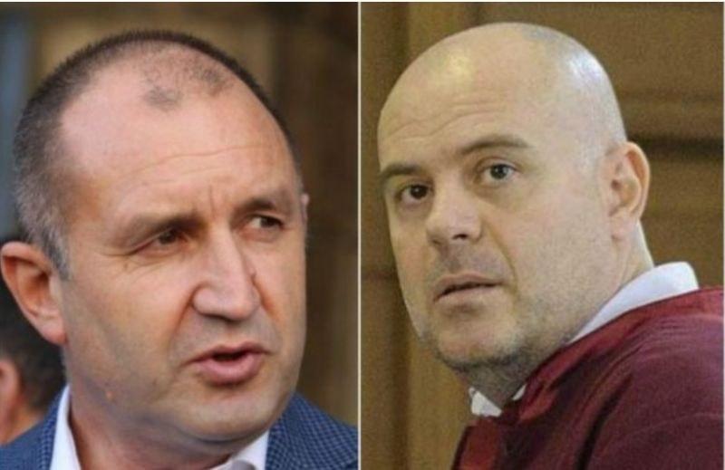 Конституционният съд образува дело за имунитета на президента Радев