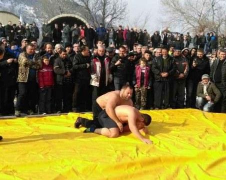 Люти пехливански борби в Асеновград за Трифоновден! Ето къде в областта ще има празник днес