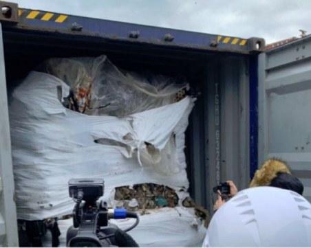 Гешев: 28 контейнера с отпадъци ще бъдат върнати в Италия