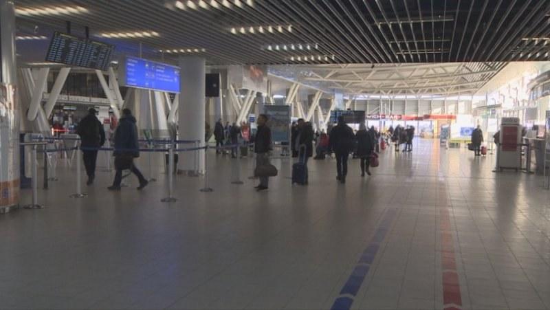 Евакуираха другите двама българи от Китай