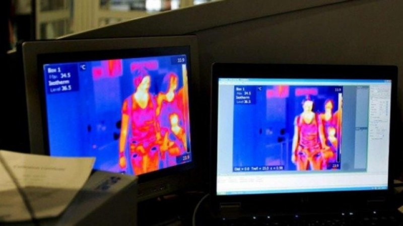 Заради коронавируса: Термокамера посреща пристигнали на летището в Бургас
