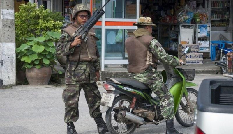 Войник изпадна в амок и уби 12 души в Тайланд