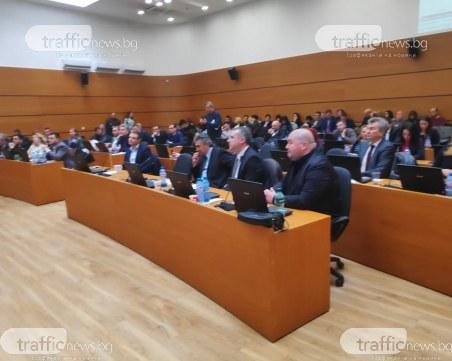 Напрежение! Зико убеждава ГЕРБ да подкрепят бюджета на съвещание