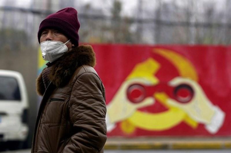 Партийни лидери в Китай загубиха постовете си, заради кризата с коронавируса в Ухан