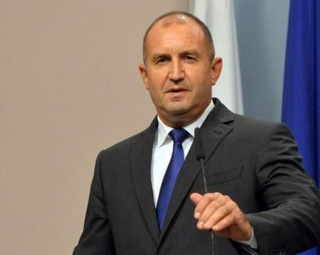 Президентът прикани главния прокурор да търси корупцията сред министрите