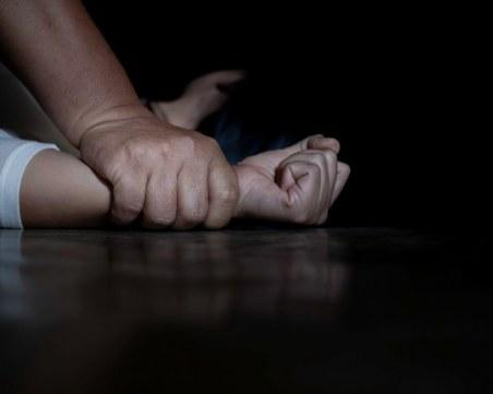 Жестоко! Пребиха и изнасилиха 65-годишна жена