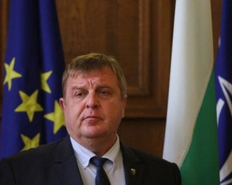 Каракачанов: България е готова да увеличи двойно участието си в мисията на НАТО в Ирак