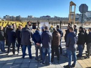 Приятели на Тоско почетоха 40 дни от кончината му