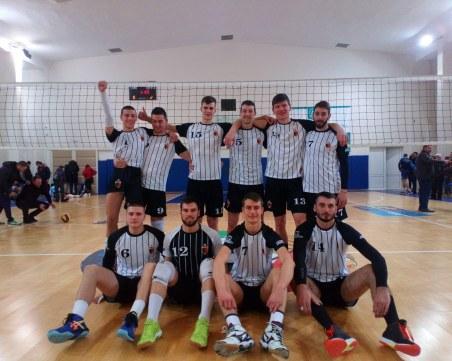 Волейболният Локомотив с важна победа като гост