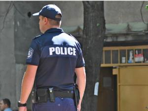 Разследващ полицай с иск срещу МВР-Пловдив, бил незаконно отстранен от работа