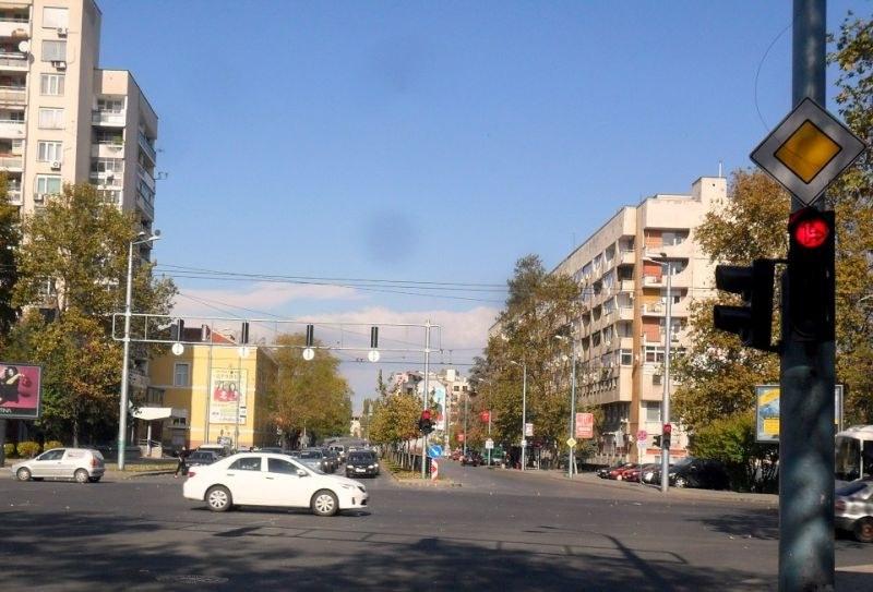 Три възлови кръстовища в Пловдив са с нова организация на движението