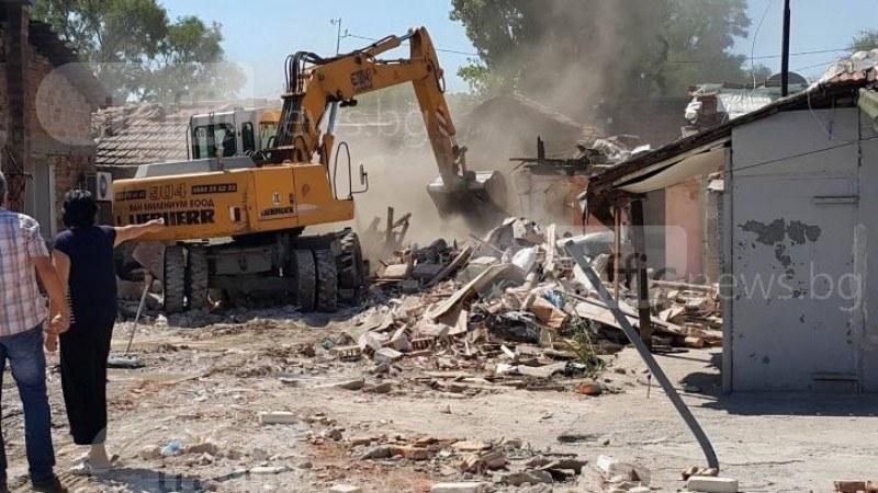 Заплахи след сигнал за незаконно строителство в Пловдив, гражданин и служител получиха предупреждение