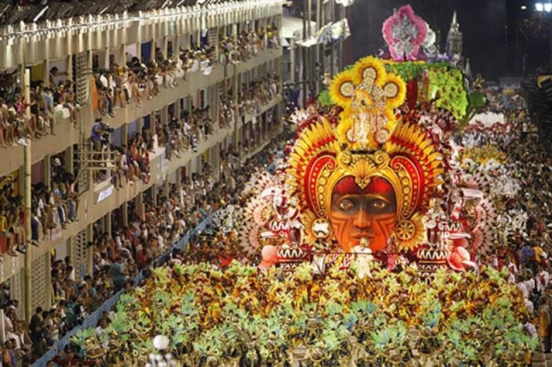 Арести по време на карнавала в Бразилия! Над 400 души зад решетките