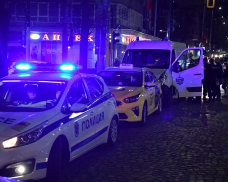 Наказаха шофьора на линейката от катастрофата с Арабаджиеви