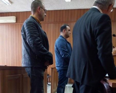 Инспекторите от БАБХ, хванати с подкуп край Пловдив, с противоречиви искания