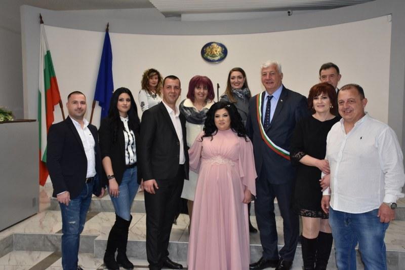 20 двойки в Пловдив се врекоха във вярност на 20.02.2020