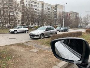 Шофьорка изуми с паркиране в Тракия