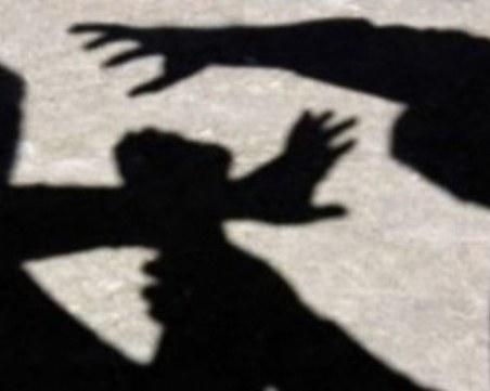Тийнейджъри от Пловдив нападнаха и ограбиха възрастен мъж