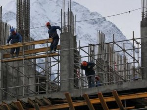 Работниците ще могат да полагат двойно повече извънреден труд