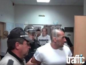 Затворник разпра с нож лицето на таксиметровия бос Радослав Керанов