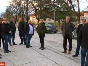 Жителите на 7 села в Пловдивско на протест заради винетките