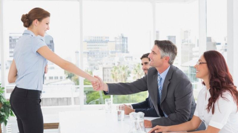 Новаците на работа ще могат да ползват платен отпуск! Намалят изискуемия стаж