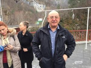 Министърът на околната среда пристигна край Юговското ханче, проверява токсичната вода