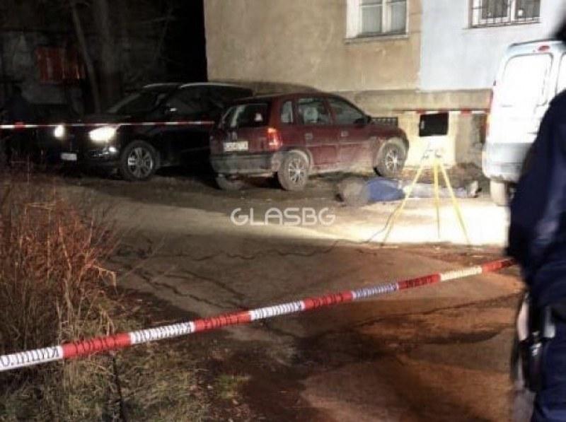 Транспортен бос е застрелян в София тази нощ